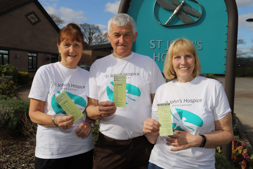 (left to right): Julie, Barry and Wendy are pictured with their stop of point cards.