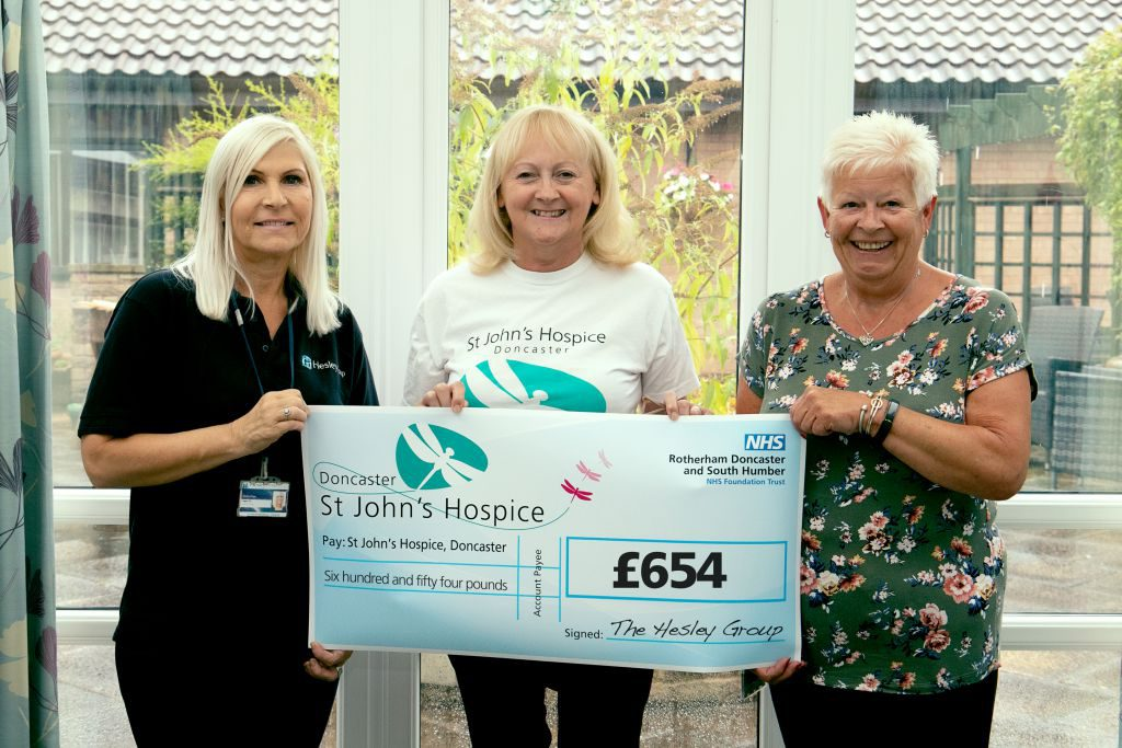 From left to right Jayne Gill is pictured with Lindsay Richards of the hospice and Debbie Langeley.)